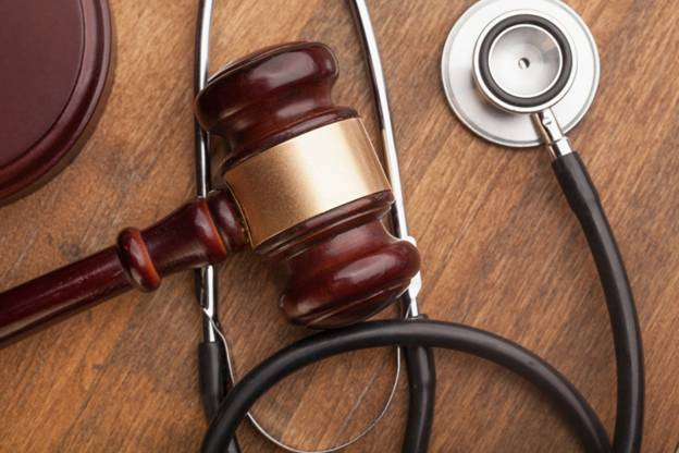 What Exactly Does a Medical Malpractice Attorney Do?